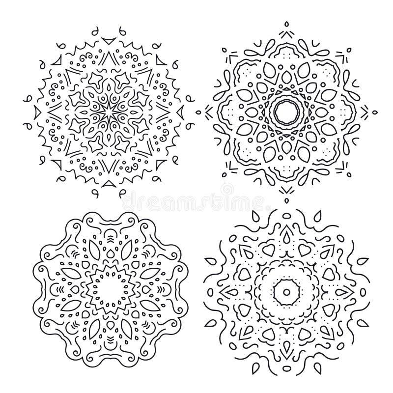 Uppsättning av cirkelprydnader, isolerad svart på vit vektor illustrationer