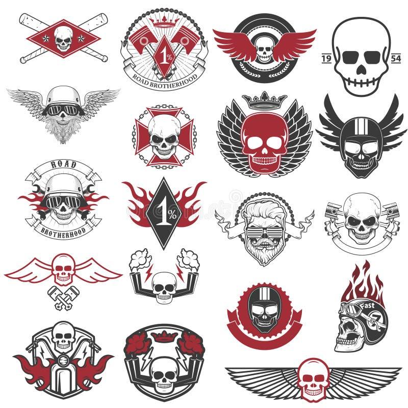Uppsättning av cyklistetiketter och emblem Motorcykel Racing stock illustrationer