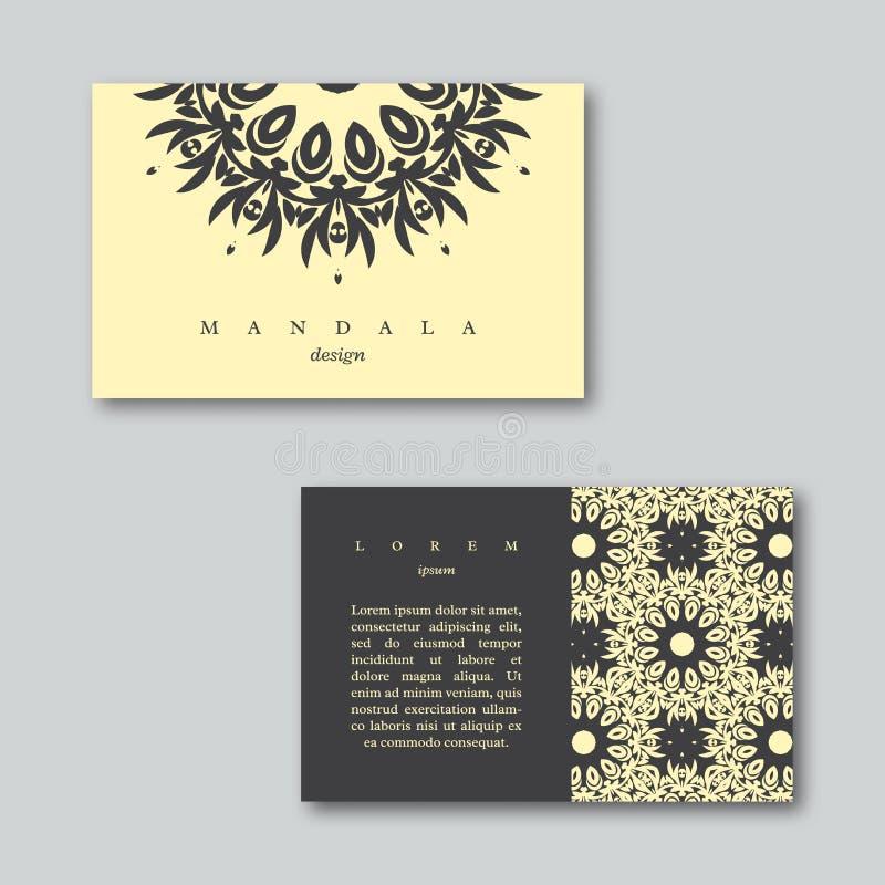 Uppsättning av dekorativa affärskort med den hand drog mandalaen vektor illustrationer