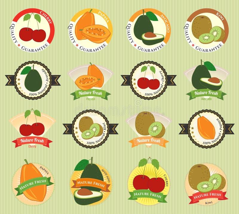 Uppsättning av den olika ny högvärdiga kvalitets- etiketten för frukt och för grönsak royaltyfri illustrationer