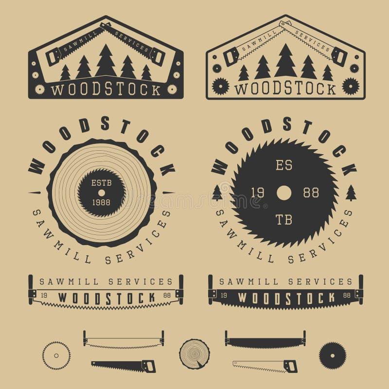 Uppsättning av den tappningsågverketiketter, emblem, logoen, emblem och designen stock illustrationer