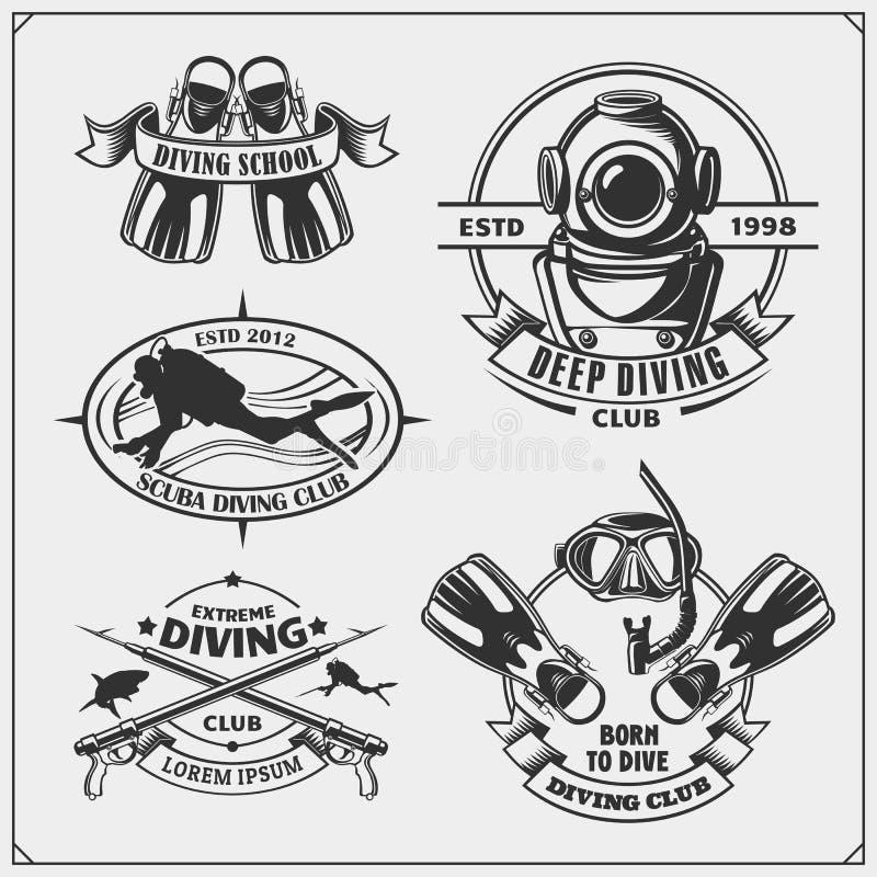Uppsättning av emblem för dykapparatdykning Undervattens- simning och spearfishing etiketter, logoer och designbeståndsdelar vektor illustrationer