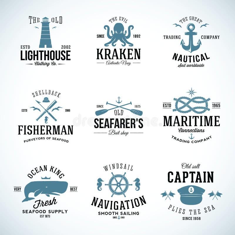 Uppsättning av etiketter och tecken för tappning nautiska med royaltyfri illustrationer