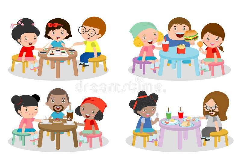 Uppsättning av familjsammanträde på att äta middag tabellen, familj som äter matställen, ungar som äter snabbmat, familj som äter vektor illustrationer