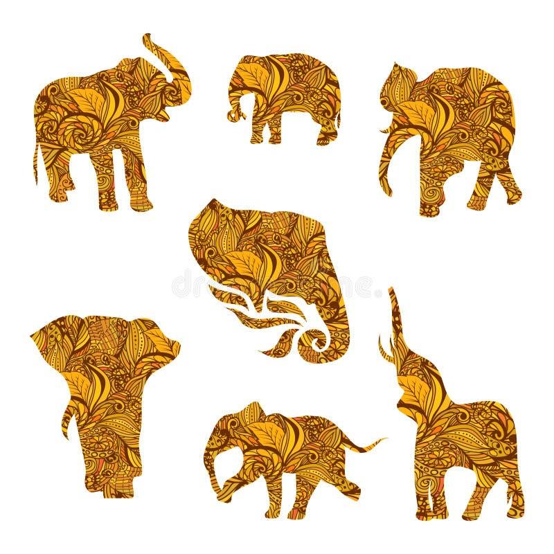 Uppsättning av hand drog isolerade etniska elefanter royaltyfri illustrationer