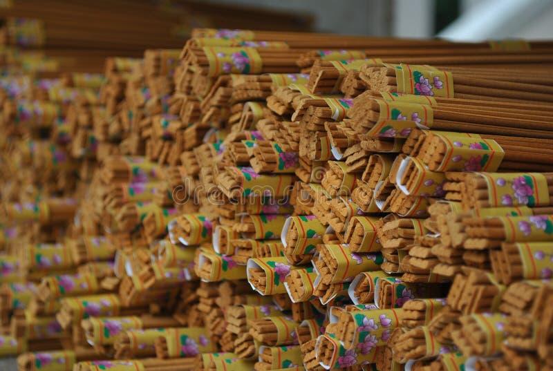 Uppsättning av incents på templet royaltyfri foto