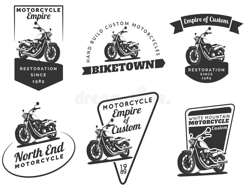 Uppsättning av klassiska motorcykelemblem, emblem och symboler stock illustrationer