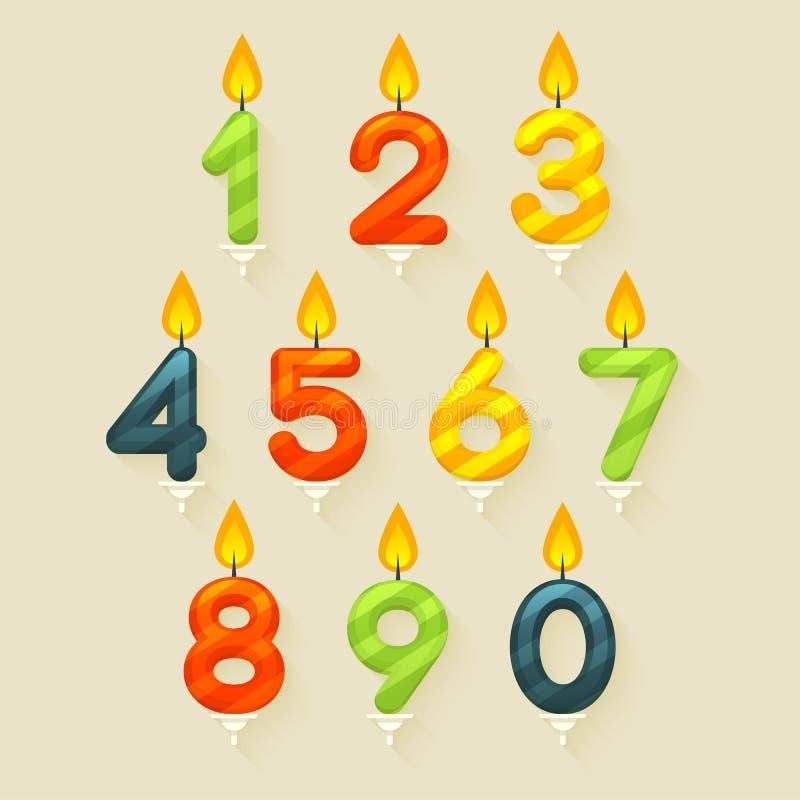 Uppsättning av kulöra glansiga stearinljus för födelsedagkaka Isolerat på ljus bakgrund med brandflamman vektor illustrationer