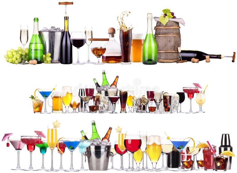 Uppsättning av olika alkoholdrycker och coctailar royaltyfri bild