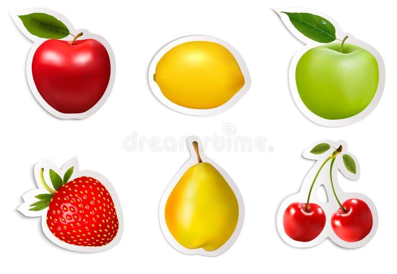 Uppsättning av plana fruktklistermärkear. stock illustrationer