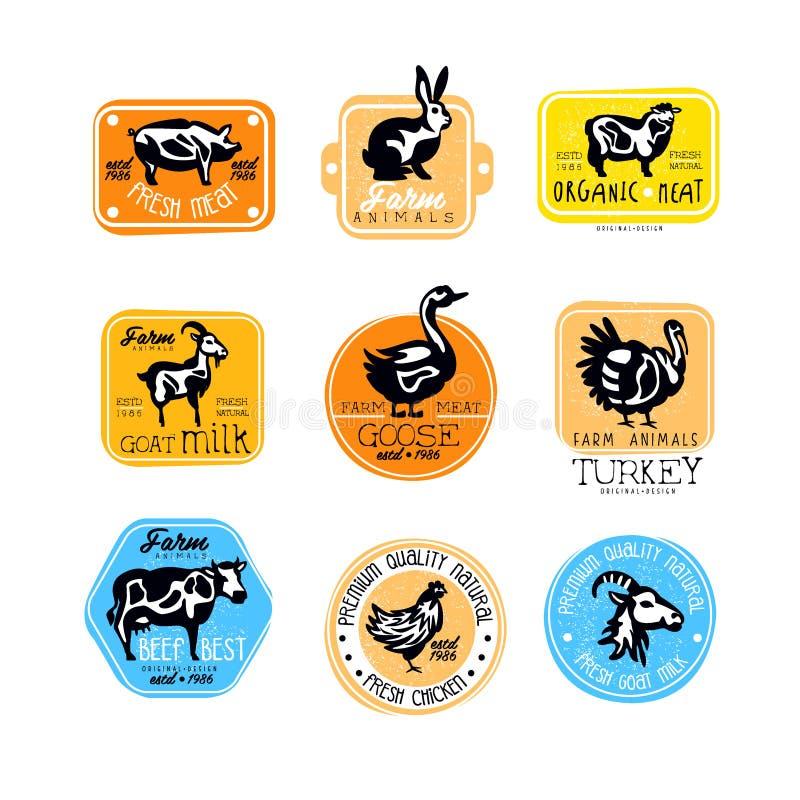 Uppsättning av retro etiketter för mejeri och naturliga köttprodukter Slaktaren shoppar logoer Vektoremblem med konturer av lantg royaltyfri illustrationer