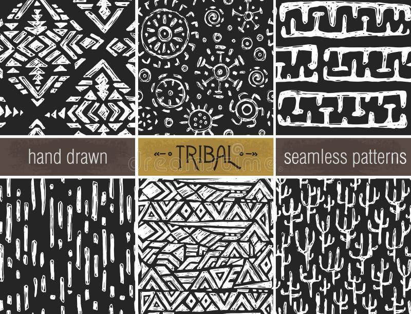 Uppsättning av sex hand drog stam- sömlösa svart och whitepatterns vektor illustrationer