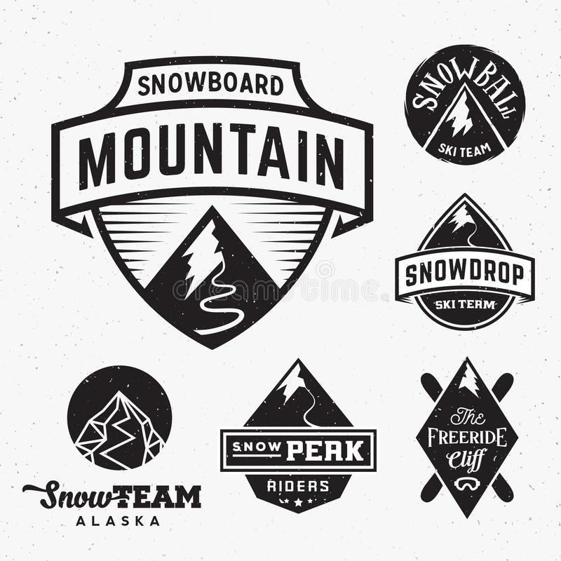 Uppsättning av Ski Snowboard Snow Mountains Sport logoer eller royaltyfri illustrationer