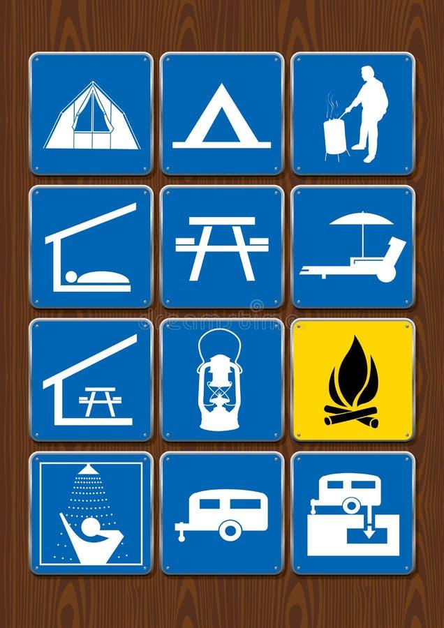 Uppsättning av symboler av utomhus- aktiviteter: tält grillfestområde, skydd som äter område, lykta, lägereld, dusch, släp vektor illustrationer