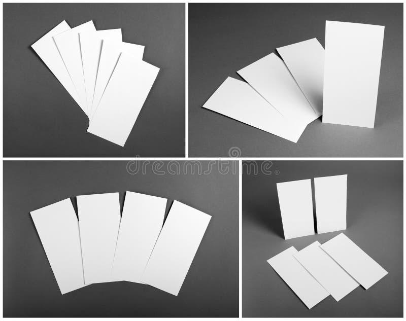 Uppsättning av tomma vita reklamblad över grå bakgrund Identitetsdesign fotografering för bildbyråer