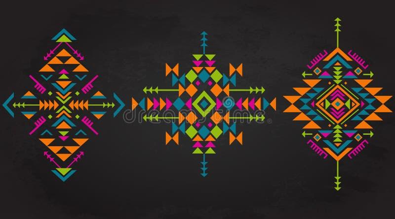 Uppsättning av tre färgrika etniska modellbeståndsdelar med geometriska former royaltyfri illustrationer