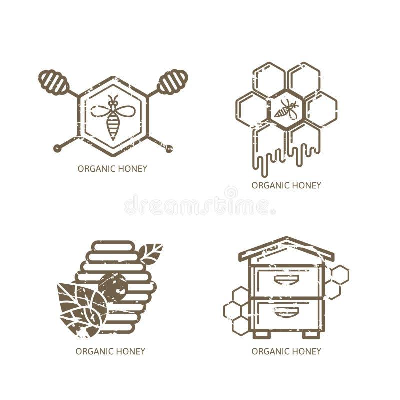 Uppsättning av vektorhonungetiketten, logo, etikett, klistermärkedesignbeståndsdelar Bi bikupa, honungskakor royaltyfri illustrationer