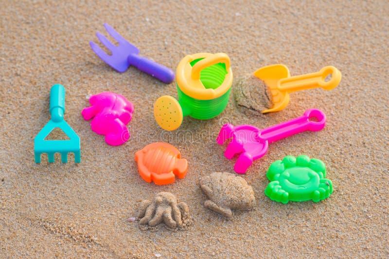 Uppsättning för sandstrandleksak för ungar arkivfoto