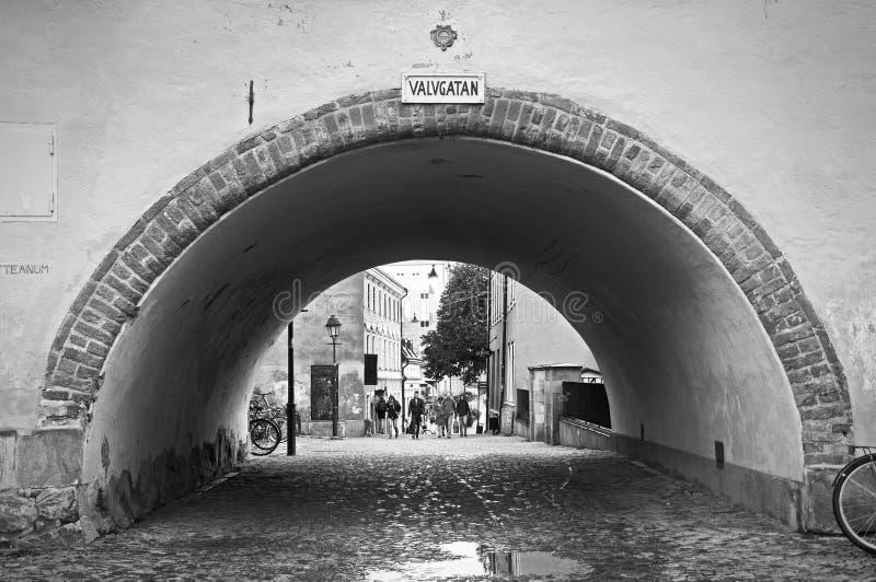 Uppsala i stadens centrum gata och tunnel royaltyfri foto