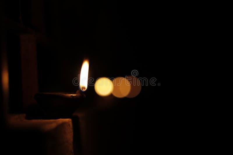 Uppskattning av belysningen Diwali royaltyfria bilder