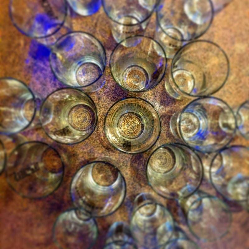 Uppställda exponeringsglas arkivfoto