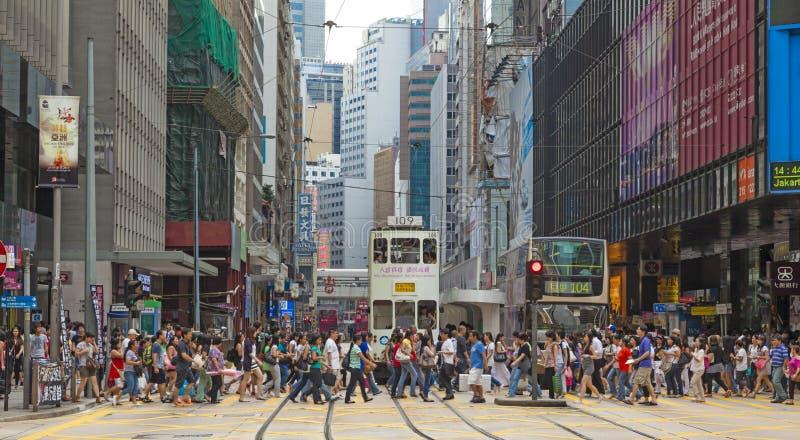 Upptagen övergångsställe i centralen, Hong Kong arkivfoto