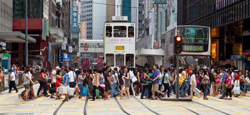 Upptagen övergångsställe i centralen, Hong Kong royaltyfri fotografi