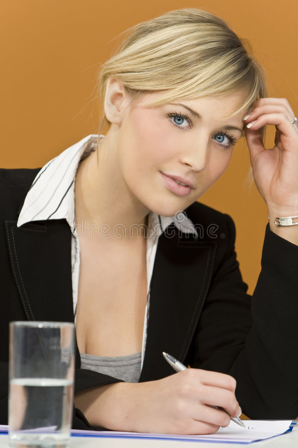 upptagen affärskvinna arkivbilder
