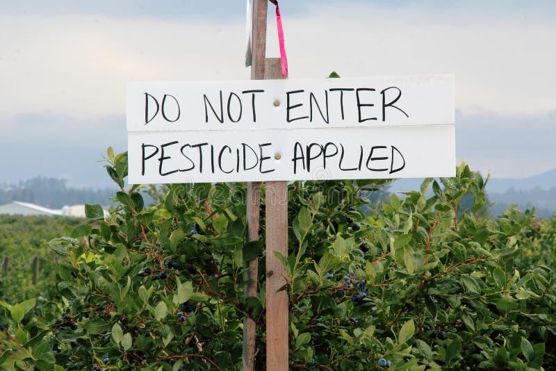 Uprawy Rozpylać z pestycydem zdjęcia stock