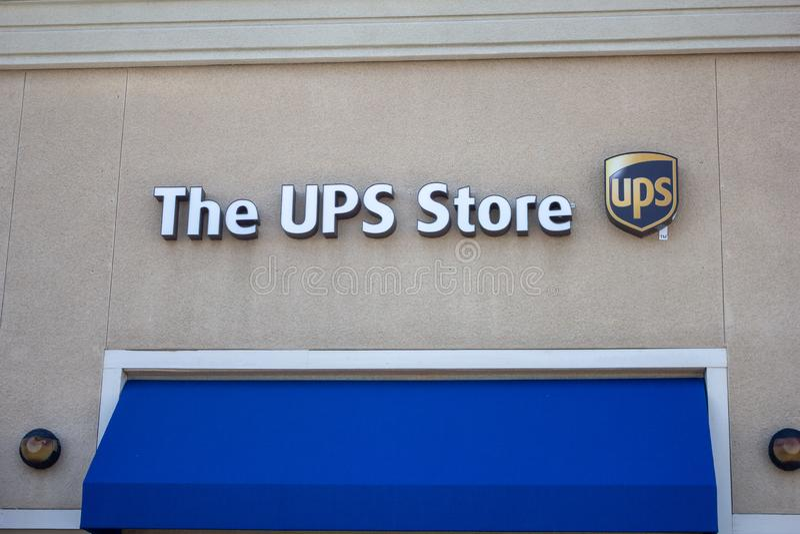 UPS lagertecknet royaltyfri bild