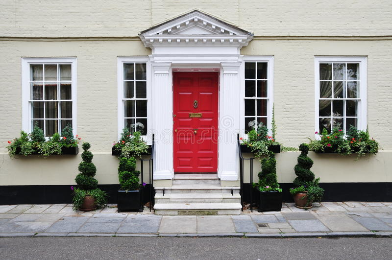 Download Upscale Town House Royalty Free Stock Photos - Image: 33494938