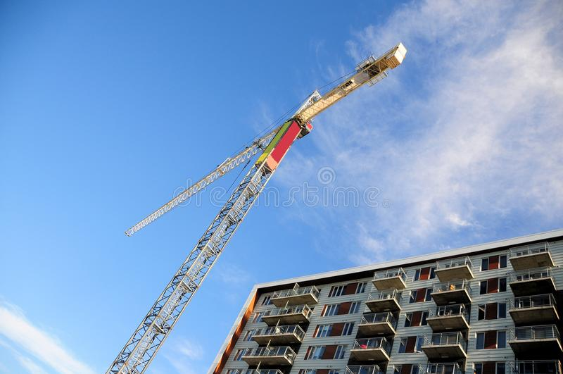 Żuraw, budynek mieszkaniowy, Kanada fotografia stock