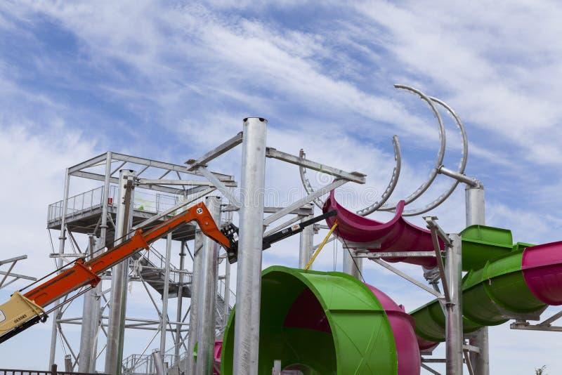 Żuraw gromadzić przejażdżkę przy Moczę n Dziki, w Las Vegas, NV na Apri zdjęcie royalty free