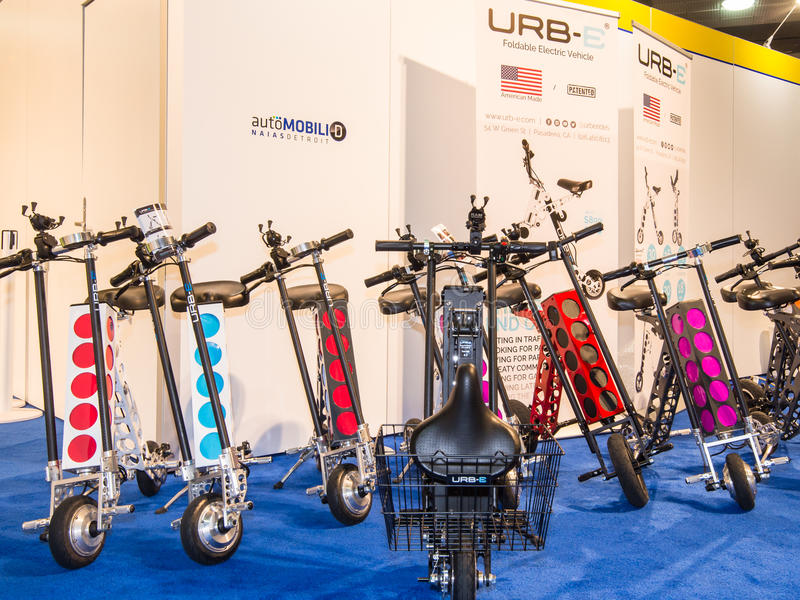 Urb-ε αθλητικά πτυσσόμενα, ηλεκτρικά μηχανικά δίκυκλα στοκ εικόνα
