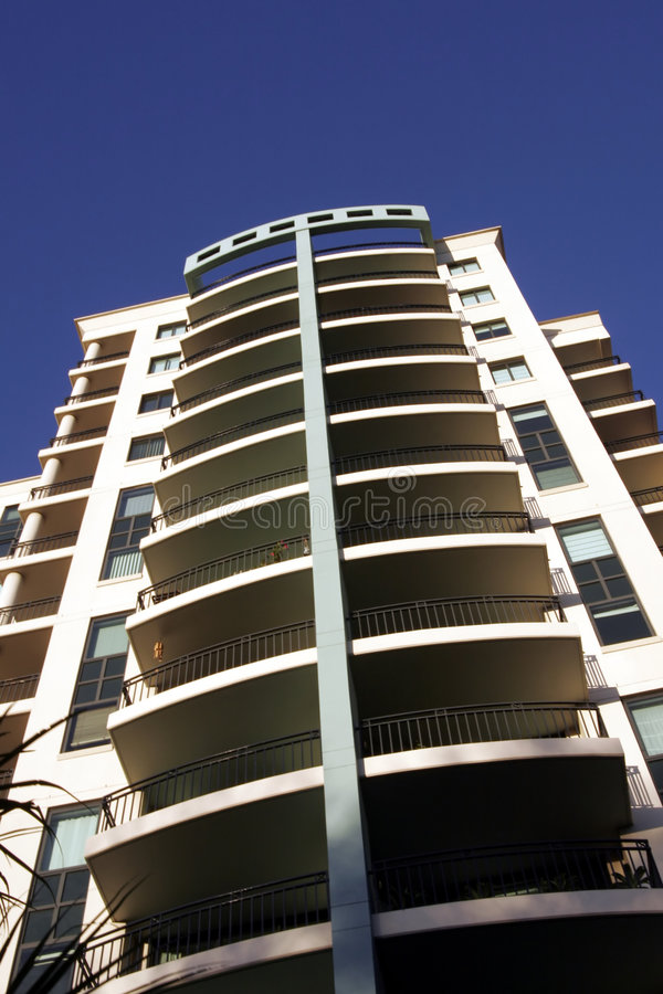Free Urban Apartment Building Royalty Free Stock Photos - 1049248