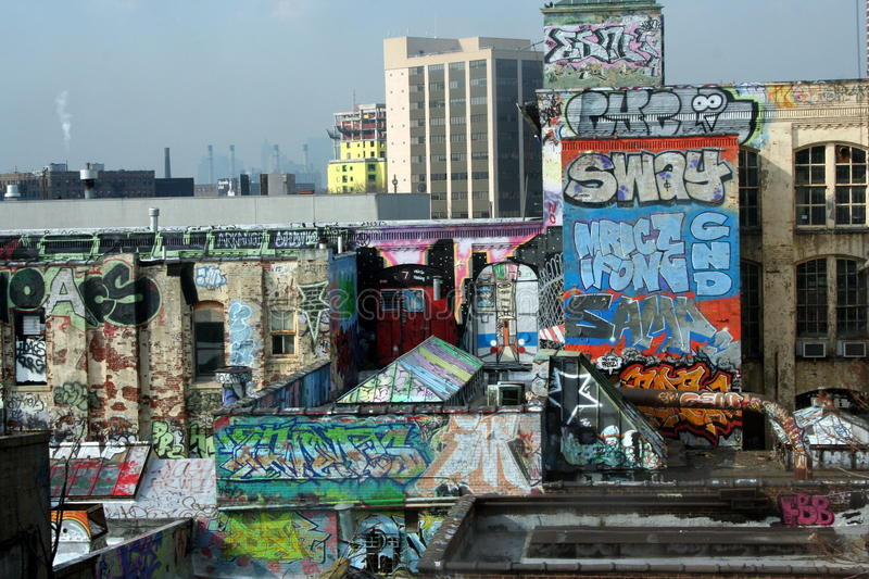 Download Urban Blight In New York City Editorial Photography - Image: 20520257