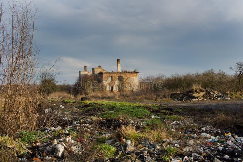 Urbex, fábrica abandonada, Stihnov, república checa foto de stock