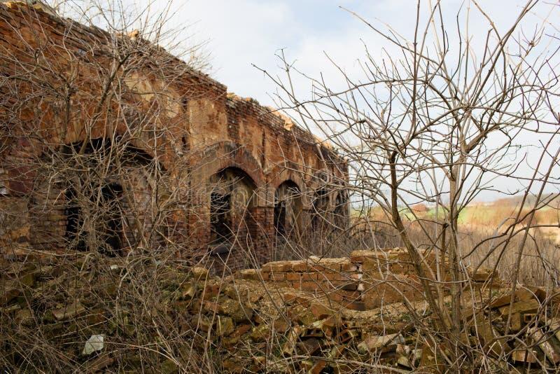 Urbex, verlaten fabriek, Stihnov, Tsjechische republiek royalty-vrije stock afbeeldingen