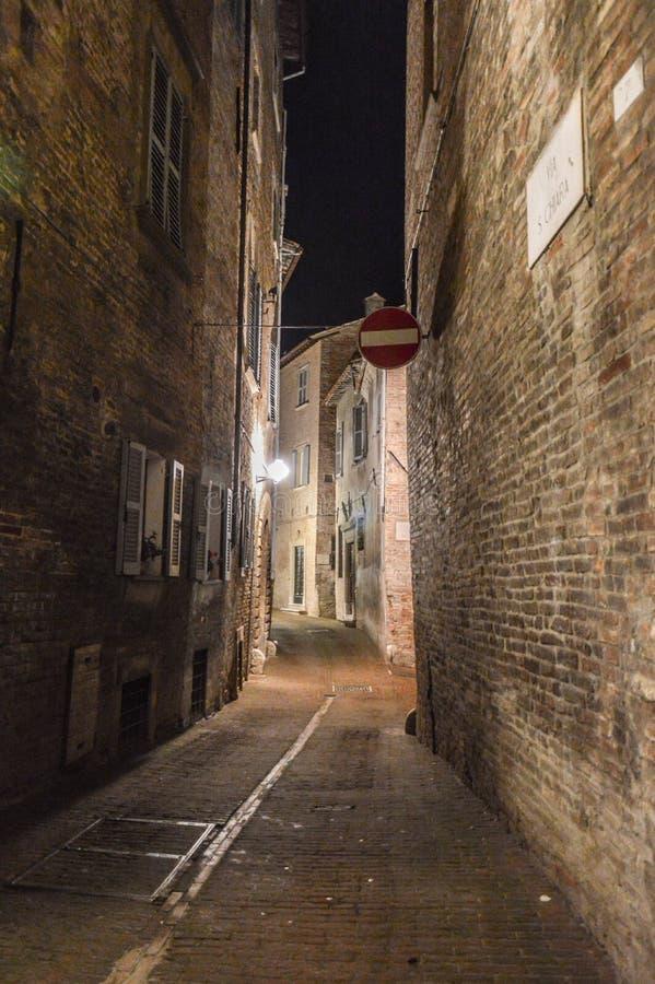 Urbino Itália, opinião da noite fotos de stock royalty free