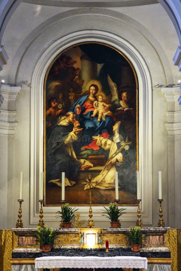 Urbino Italien, detalj för helgonDomenico kyrka, målarfärg av absiden royaltyfri foto