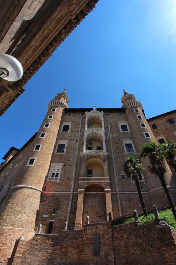 Urbino Italien, hertiglig slott royaltyfri fotografi
