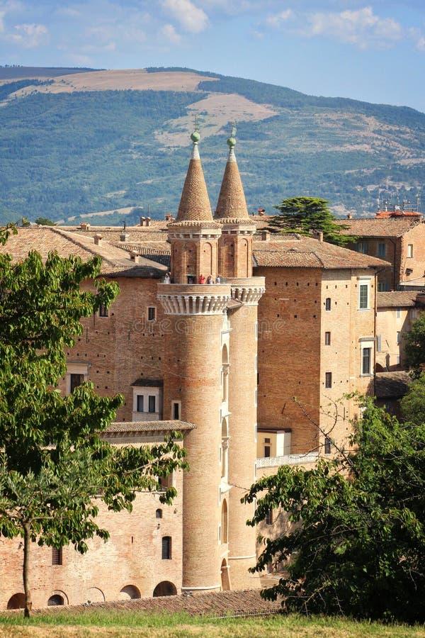 Urbino Italien, hertiglig slott av Montefeltro arkivbild