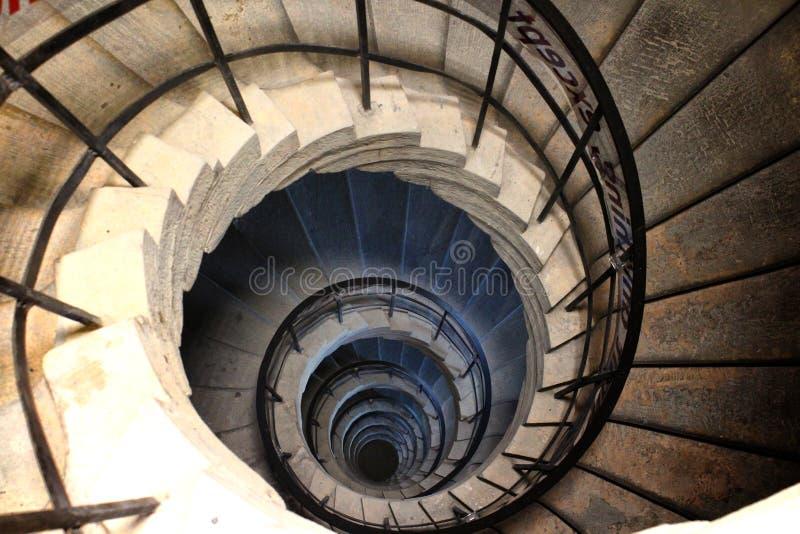 Urbino Italien, hertiglig slott av Montefeltro, detalj av den spiralformiga trappuppgången arkivbilder