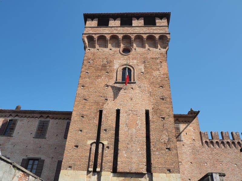 Urgnano, Bergamo, Itali? Het middeleeuwse kasteel in het centrum van het dorp stock fotografie