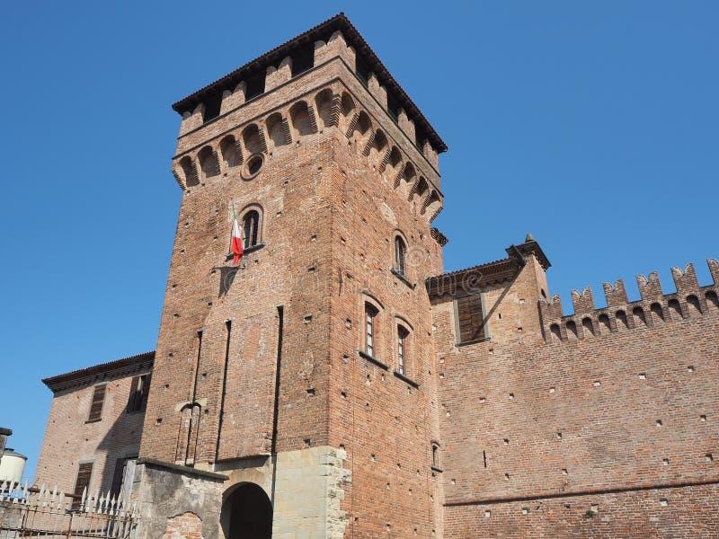 Urgnano, Bergamo, Itali? Het middeleeuwse kasteel in het centrum van het dorp royalty-vrije stock foto's