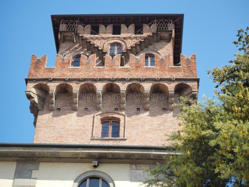 Urgnano, Bergamo, Itali? Het middeleeuwse kasteel in het centrum van het dorp stock afbeeldingen