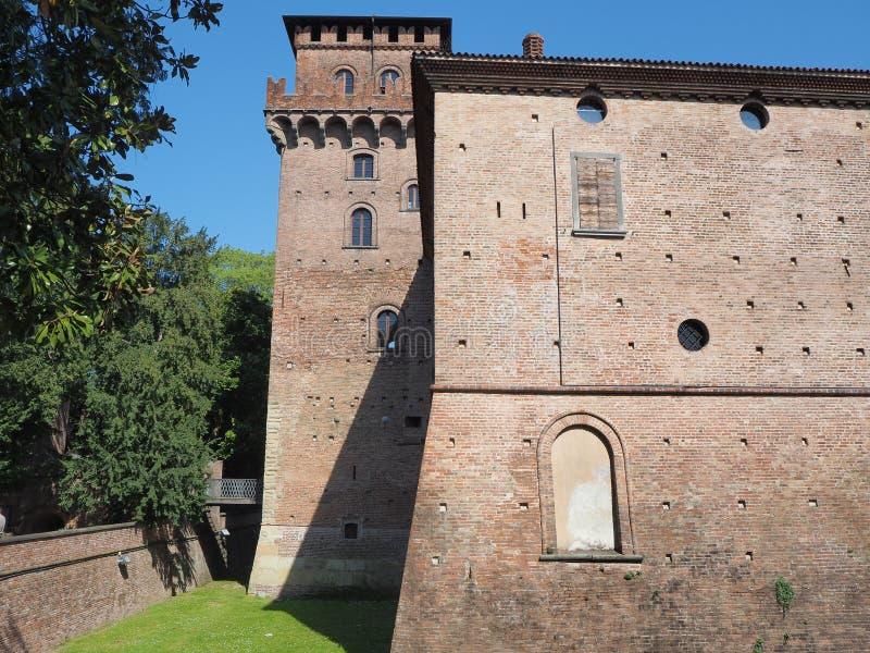 Urgnano, Bergamo, Itali? Het middeleeuwse kasteel in het centrum van het dorp royalty-vrije stock foto