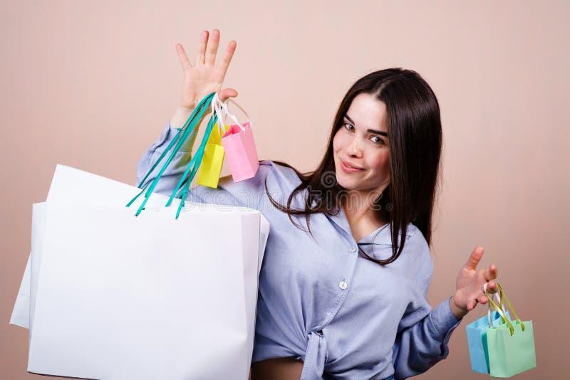 Urlaubseinkäufe und Saisonverkaufskonzept lizenzfreies stockfoto