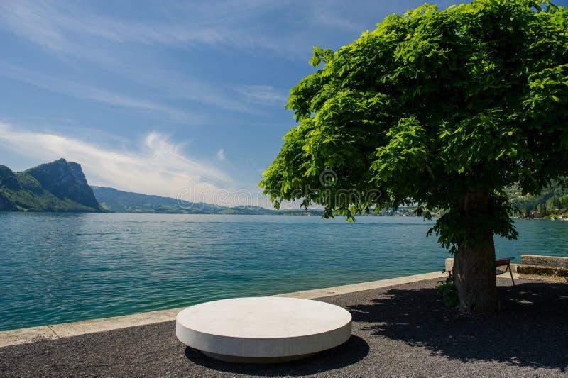 Urlopowy punkt przy jeziorem obrazy stock