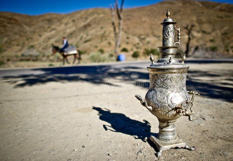 urn för tea för kartbokmorocco berg fotografering för bildbyråer